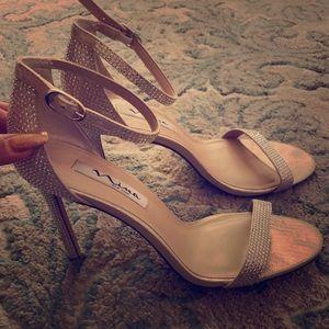Nina Size 9 Cinderella Sparkle Crystal Heels
